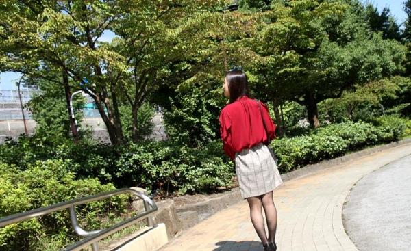 子持ちスレンダー人妻 阿部栞菜(あべかんな)エロ画像100枚のb016枚目