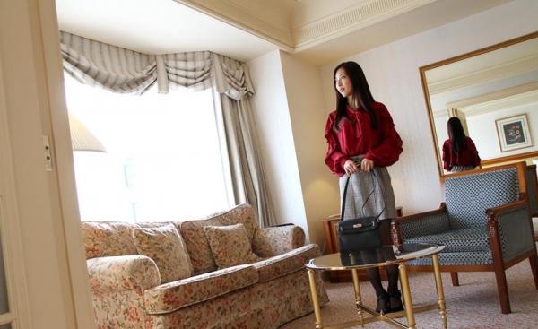 子持ちスレンダー人妻 阿部栞菜(あべかんな)エロ画像100枚のb020枚目