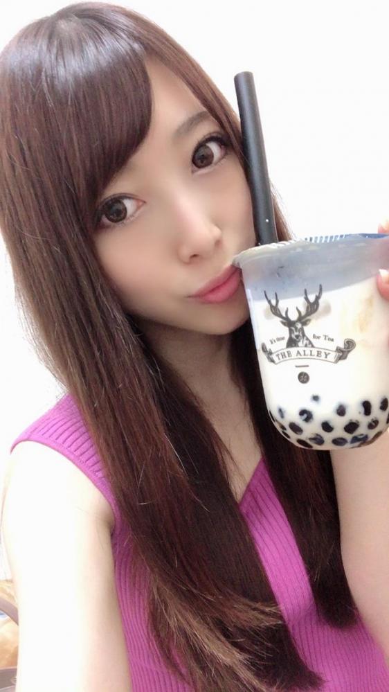 30代美熟女 阿部栞菜 微乳スレンダー美女エロ画像82枚のa15枚目