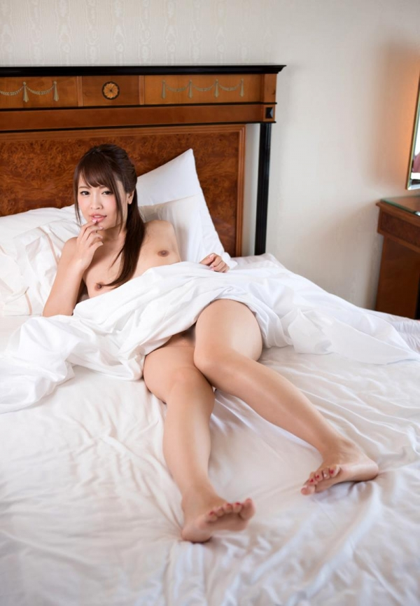 愛華みれい スレンダー巨乳美女セックス画像110枚の052枚目
