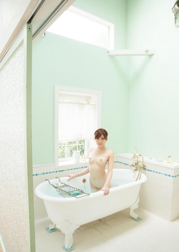 愛音まりあ 極上の色白美人ヌード画像120枚の069枚目
