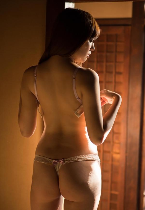 愛音まりあ(あいねまりあ)美乳スレンダー美女ヌード画像150枚の008枚目