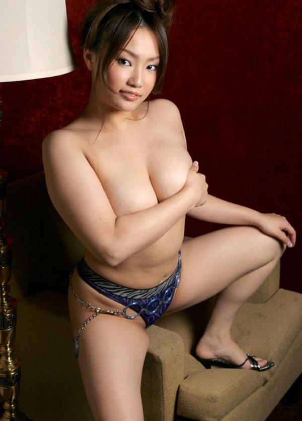 懐エロ 相内リカ 垂れ乳 離れ乳のHカップ爆乳美女エロ画像70枚の0055枚目