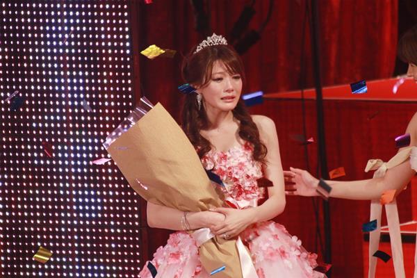 相沢みなみ FANZAアダルトアワードで最優秀女優賞を受賞!エロ画像51枚のa007枚目