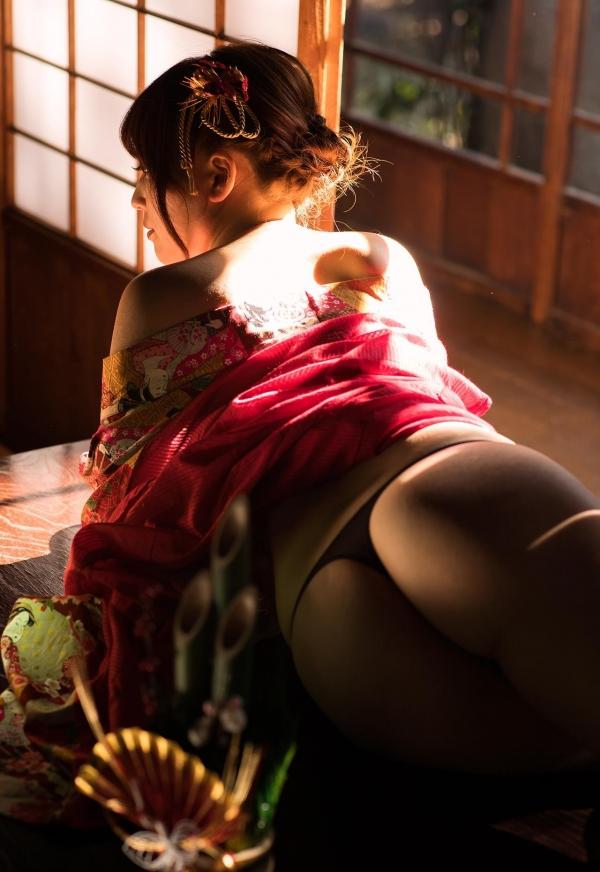 赤い襦袢の美女エロ画像 和装のセクシーランジェリー100枚の14枚目