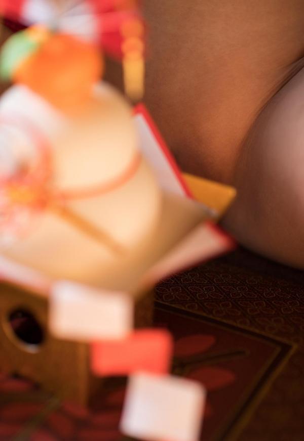 赤い襦袢の美女エロ画像 和装のセクシーランジェリー100枚の20枚目