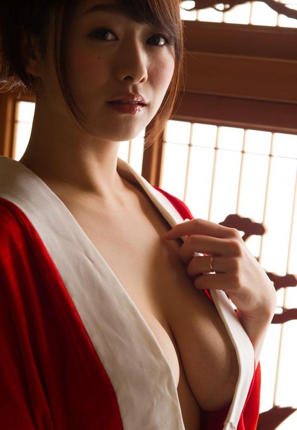 赤い襦袢の美女エロ画像 和装のセクシーランジェリー100枚の25枚目