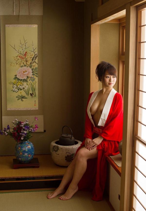 赤い襦袢の美女エロ画像 和装のセクシーランジェリー100枚の27枚目