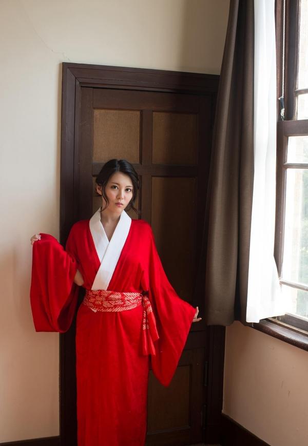 赤い襦袢の美女エロ画像 和装のセクシーランジェリー100枚の70枚目