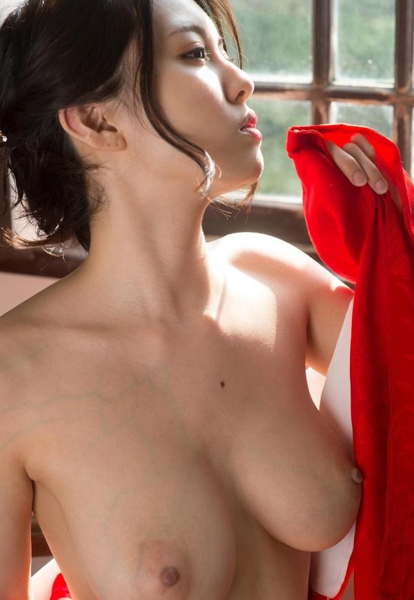 赤い襦袢の美女エロ画像 和装のセクシーランジェリー100枚の78枚目
