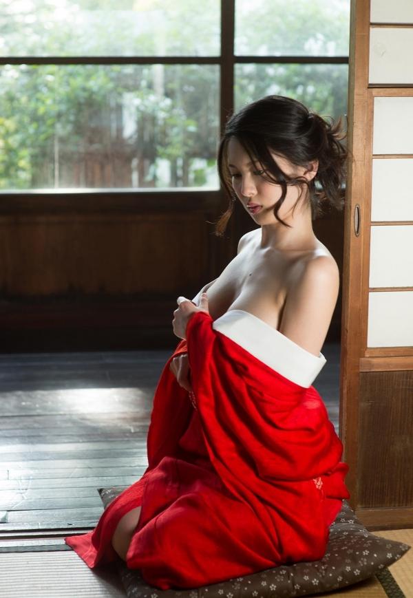 赤い襦袢の美女エロ画像 和装のセクシーランジェリー100枚の2