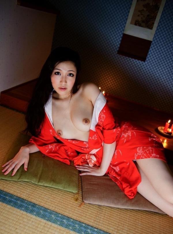 赤い襦袢の美女エロ画像 和装のセクシーランジェリー100枚の87枚目