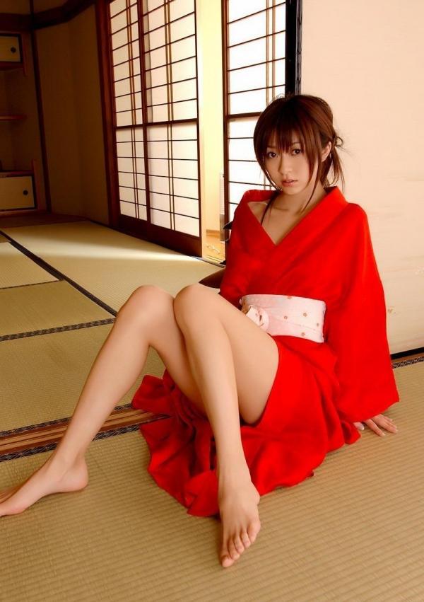 赤い襦袢の美女エロ画像 和装のセクシーランジェリー100枚の97枚目