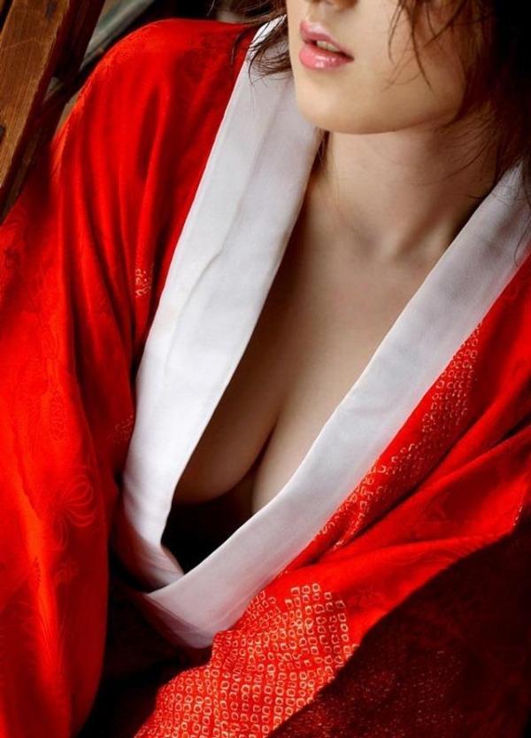 赤い襦袢の美女エロ画像 和装のセクシーランジェリー100枚の99枚目