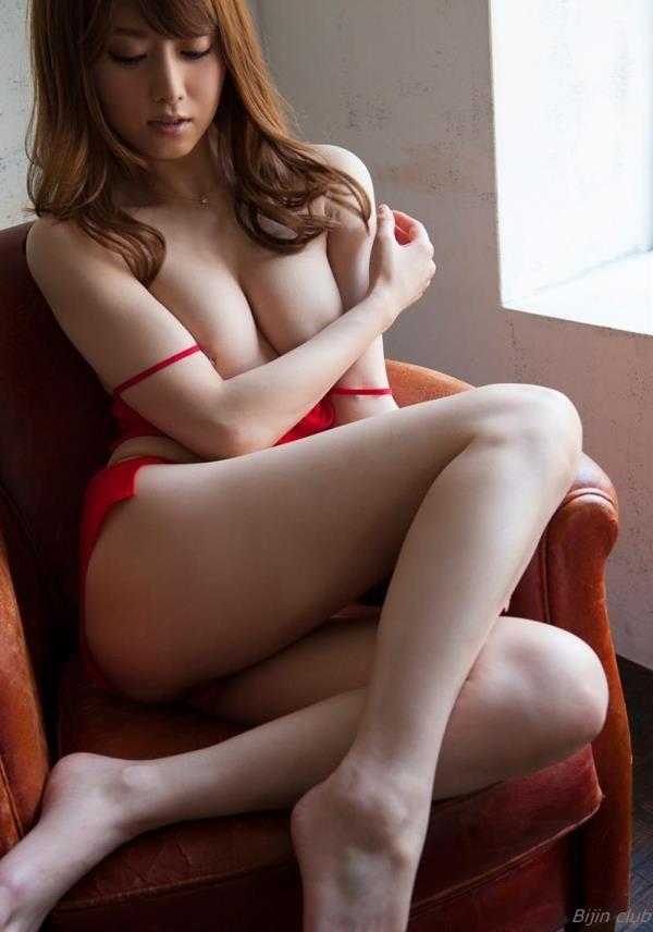 赤い下着のエロ画像120枚の105枚目