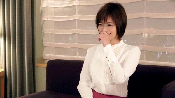 赤瀬尚子 アラサーのGカップ巨乳むっちり人妻エロ画像36枚のb01枚目