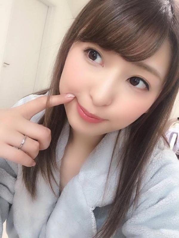秋山祥子 美巨乳 美脚の再ブレイク美女エロ画像56枚のa11枚目