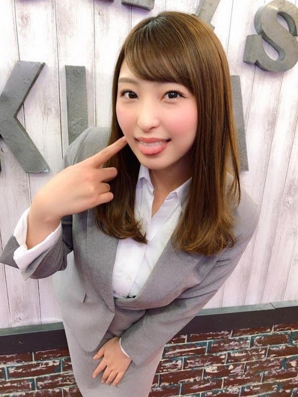 秋山祥子 美巨乳 美脚の再ブレイク美女エロ画像56枚のa14枚目