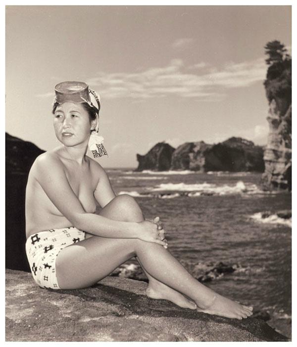 海女さんエロ画像 おっぱい丸出しふんどし姿の熟女40枚の034枚目