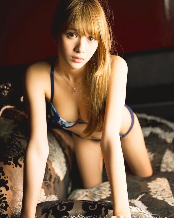 アンジェラ芽衣 セミヌード画像83枚のg010番