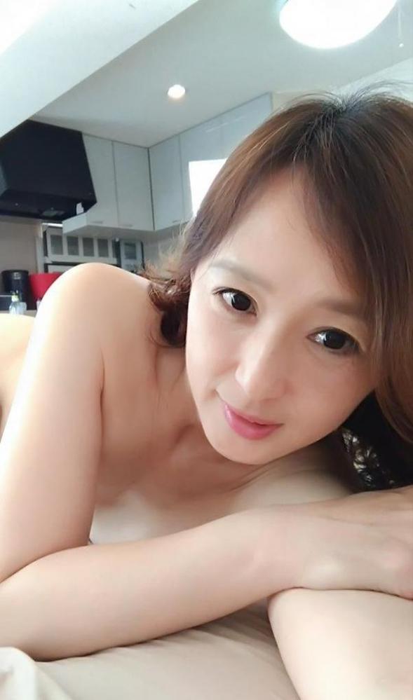 安野由美(あんのゆみ)五十路の美熟女 エロ画像65枚の2