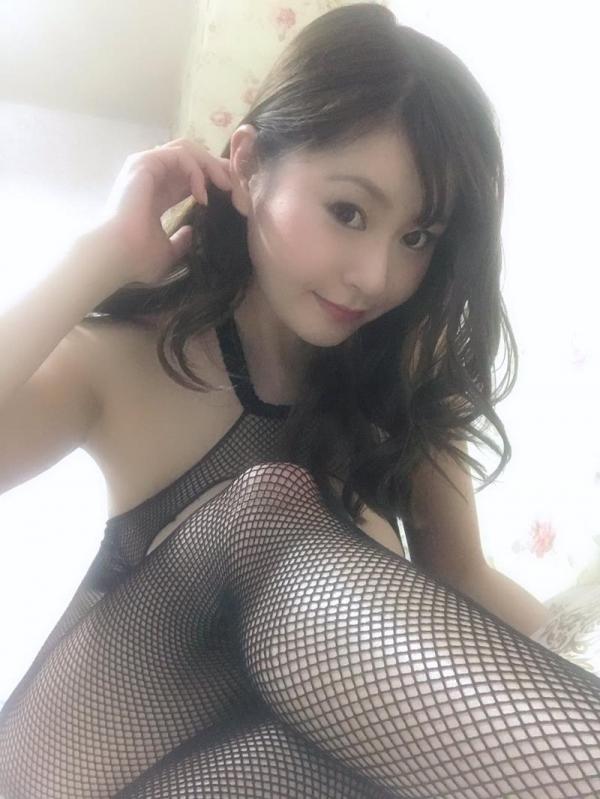 葵百合香(東出香 )ムッチリGカップの美脚美女エロ画像50枚の013枚目