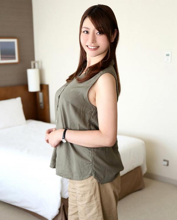 葵百合香(東出香 )ムッチリGカップの美脚美女エロ画像50枚の021枚目