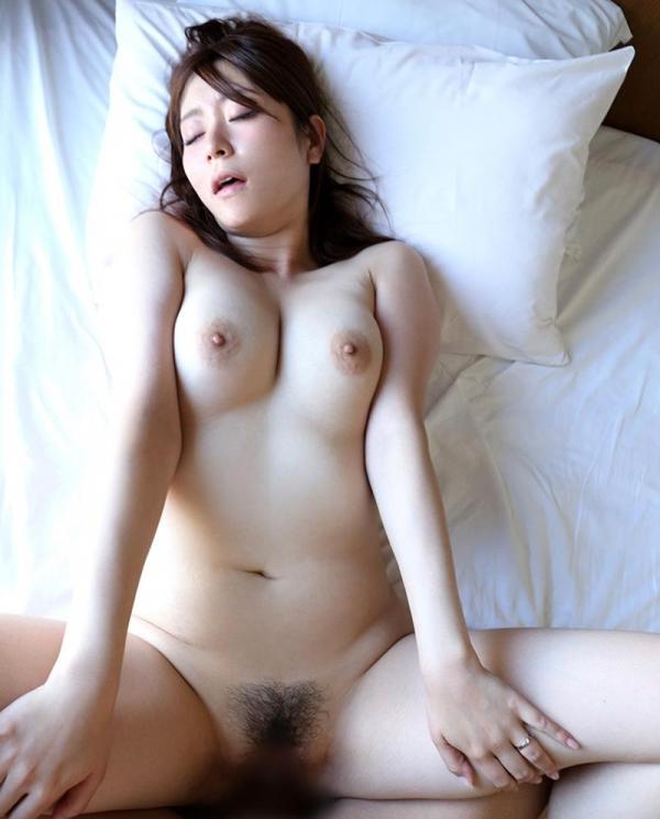 葵百合香(東出香 )ムッチリGカップの美脚美女エロ画像50枚の038枚目