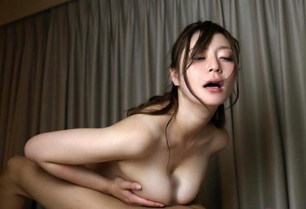 葵百合香(東出香 )ムッチリGカップの美脚美女エロ画像50枚の044枚目