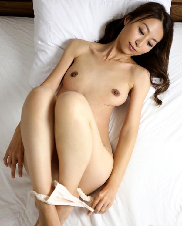 青木玲(広瀬詩織)性欲が強い美人妻のエロ画像55枚のa13枚目