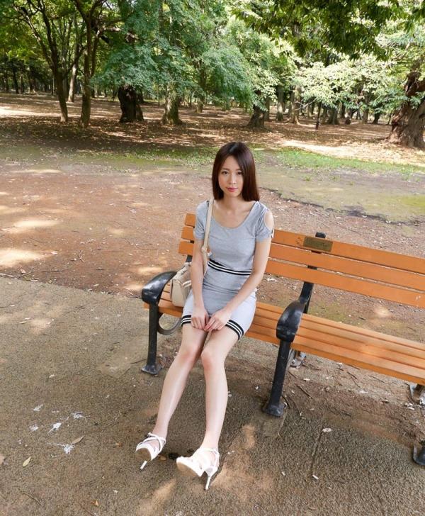 新井梓の美巨乳フェティシズム エロ画像 90枚の06枚目