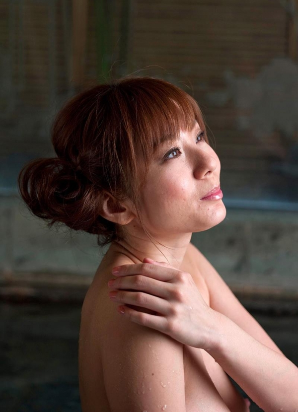 懐かしのエロス 麻美ゆま 美巨乳美女ヌード画像90枚の004枚目