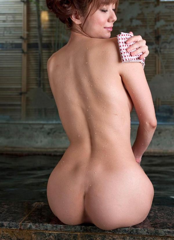 懐かしのエロス 麻美ゆま 美巨乳美女ヌード画像90枚の006枚目