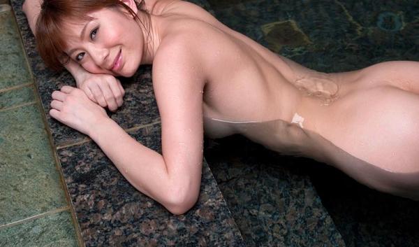 懐かしのエロス 麻美ゆま 美巨乳美女ヌード画像90枚の021枚目