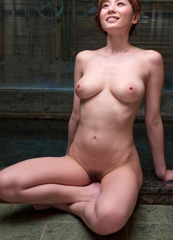 懐かしのエロス 麻美ゆま 美巨乳美女ヌード画像90枚の023枚目