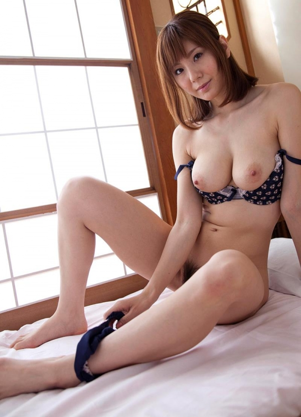懐かしのエロス 麻美ゆま 美巨乳美女ヌード画像90枚の051枚目