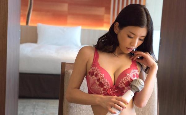 芦名ユリア 美巨乳ボディの艶かしい美女エロ画像72枚のa001枚目