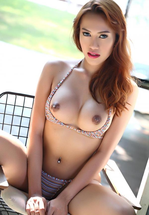東南アジアのスレンダー美巨乳なお姉さんヌード画像44枚の38枚目