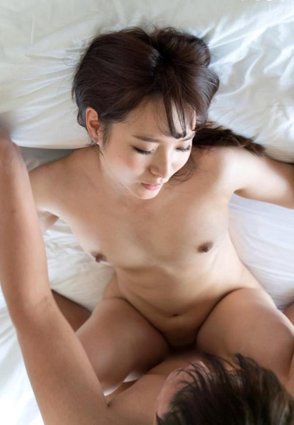 麻生遥 清楚な美女の求め合うセックス画像90枚の40枚目