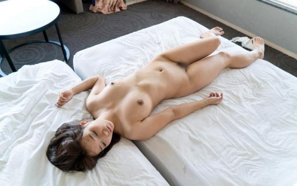 麻生遥 清楚な美女の求め合うセックス画像90枚の49枚目