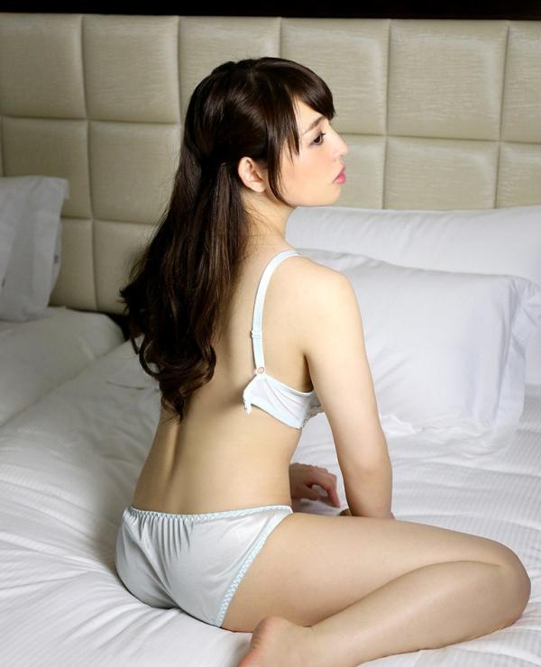 麻生沙奈(杉本綾香)B93巨乳美女エロ画像80枚のa09枚目
