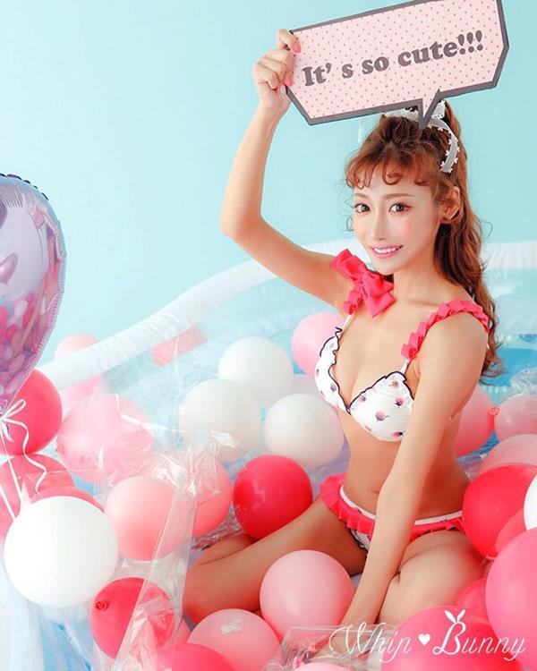 三十路の明日花キララさん、スレンダー爆乳ボディエロ画像52枚のa005枚目