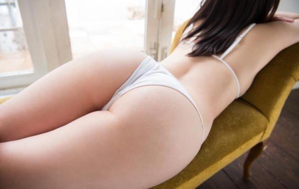飛鳥りん 乃木坂46を辞退したパイパン娘ヌード画像140枚の013枚目