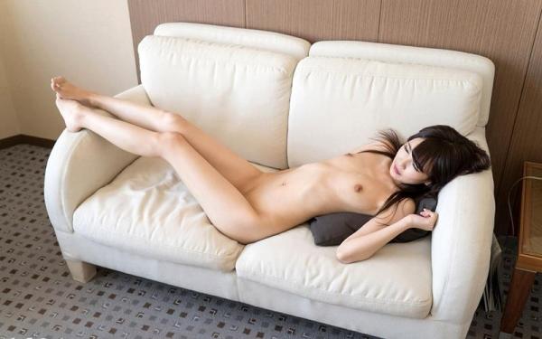 跡美しゅり 華奢で微乳のパイパンロリっ娘セックス画像70枚の044枚目
