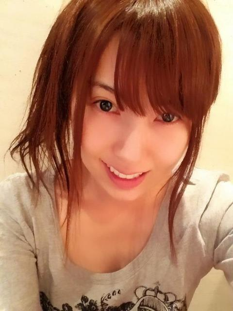 AV女優すっぴん画像 可愛いサッパリ素顔19人60枚の10枚目