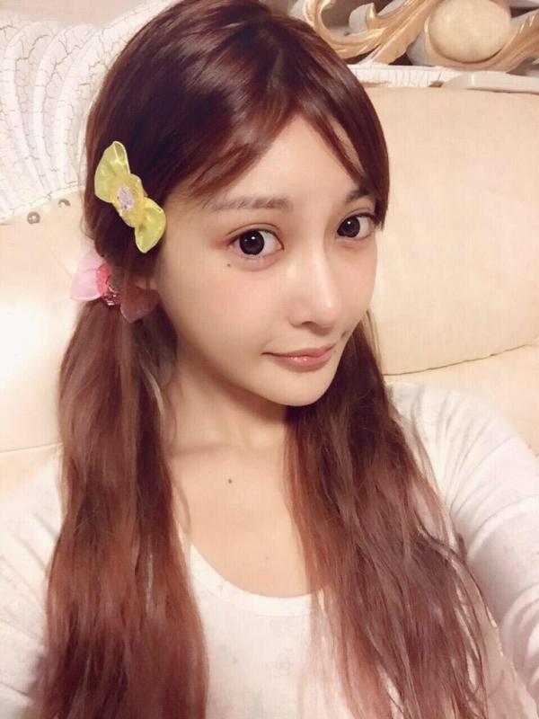 AV女優すっぴん画像 可愛いサッパリ素顔19人60枚の17枚目