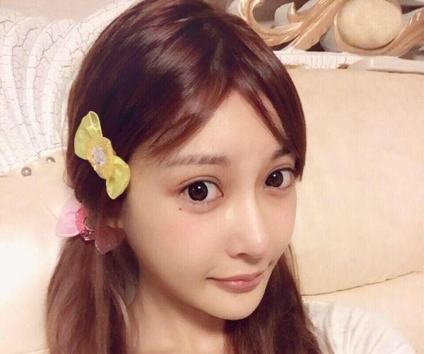 AV女優すっぴん画像 可愛いサッパリ素顔19人60枚の1