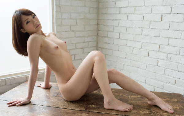 AV女優すっぴん画像 可愛いサッパリ素顔19人60枚の52枚目