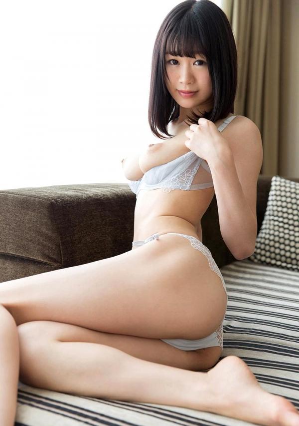 彩葉みおり 身長168cmの超スレンダー巨乳美女エロ画像76枚のa011枚目