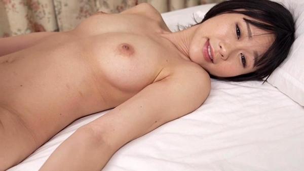 彩葉みおり 身長168cmの超スレンダー巨乳美女エロ画像76枚のc014枚目